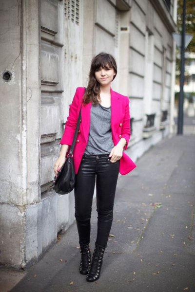 pink slightly oversized blazer with grey t shirt and leather pants