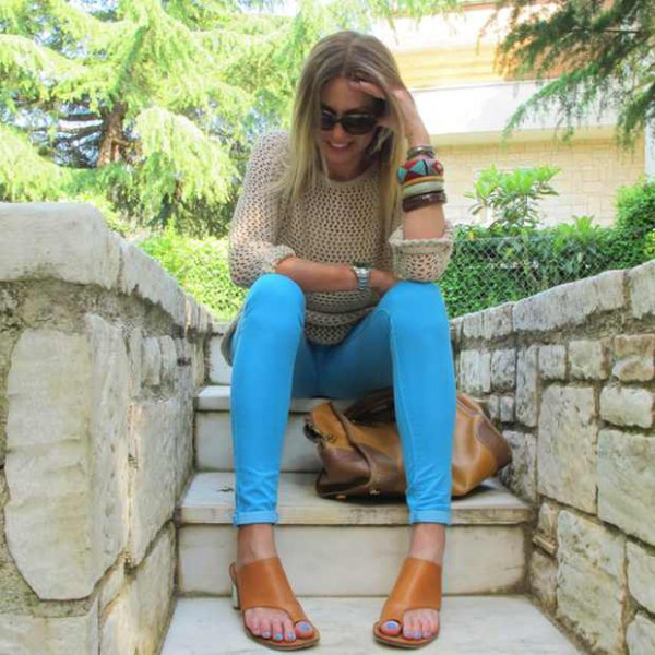best colored jeans outfit ideas for women