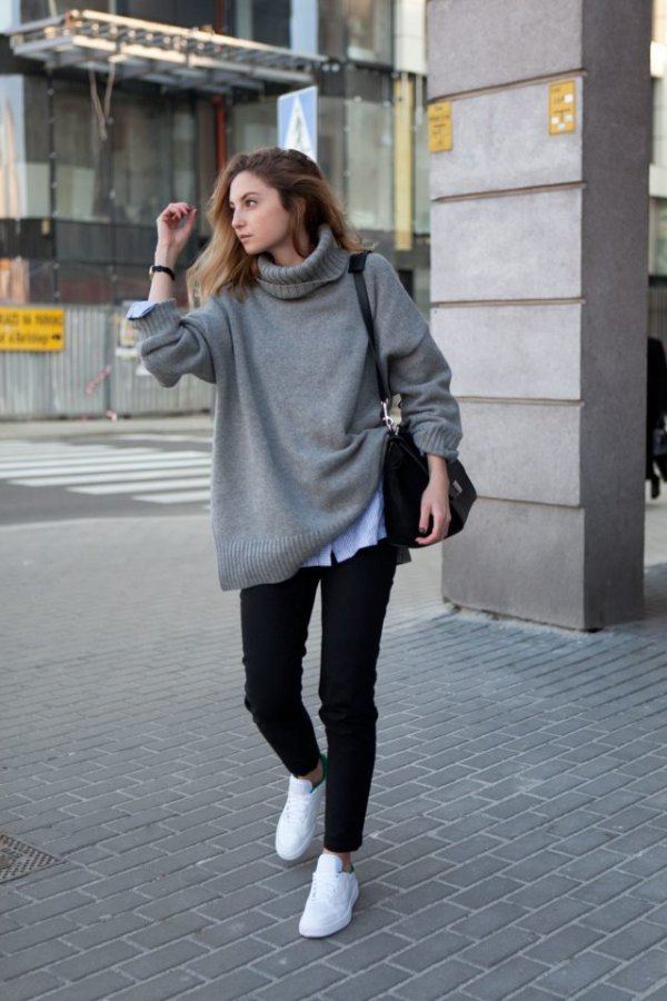 a16e7d02ef 15 Relaxed Looking Oversized Sweater Outfit Ideas for Women - FMag.com