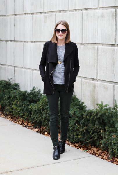 black fleece jacket with grey crew neck tee and dark grey corduroy jeans