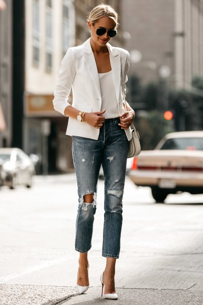 white casual summer blazer with scoop neck vest top and ripped jeans
