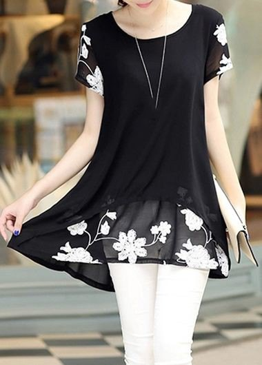 black and white floral printed tunic blouse with skinny jeans