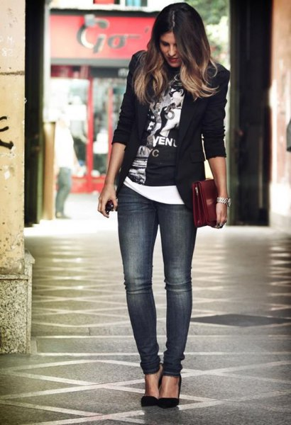 black graphic tee with blazer and grey slim fit jeans