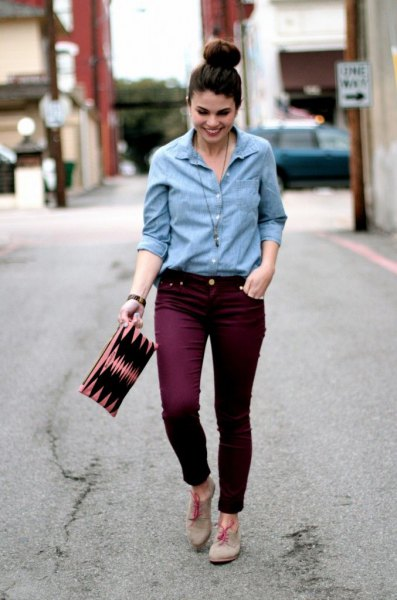 light blue button up shirt with maroon slim fit jeans