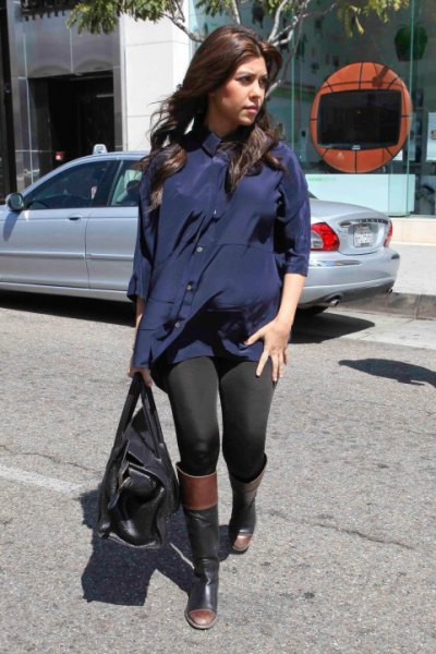tunic navy blouse with black leggings and knee high boots