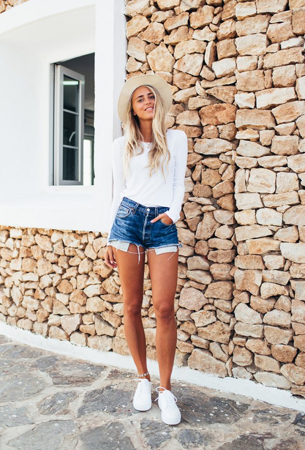 best levis high waisted shorts outfit ideas for women