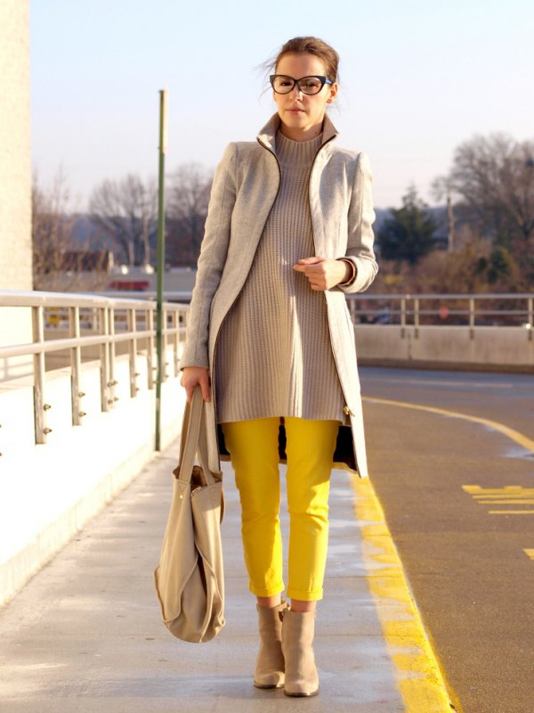 best yellow pants outfit ideas for women