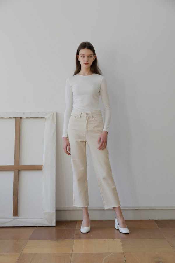 best off white jeans outfit ideas for women