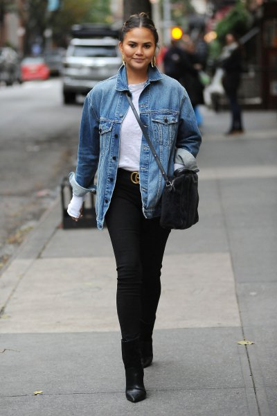blue denim fall jacket with white tee and black skinny jeans