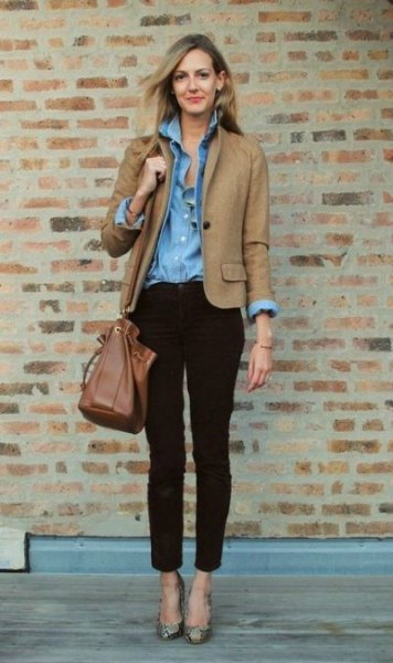 brown fall blazer jacket with light blue chambray shirt