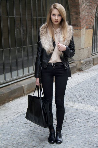 faux fur collar biker jacket with black skinny jeans