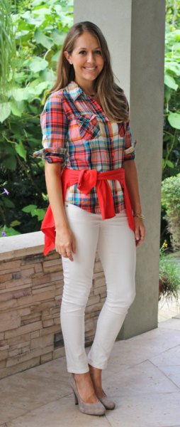 red and blue plaid boyfriend shirt with off white jeans
