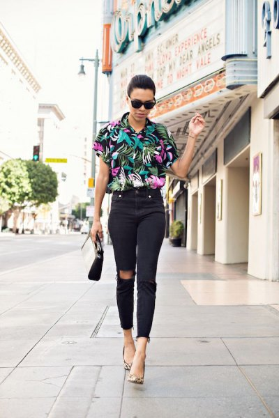 black floral printed aloha shirt with high rise ripped knee skinny jeans