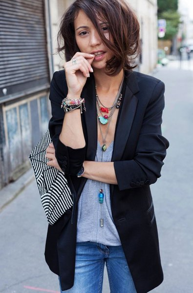 dark blue longline blazer with grey top and boho necklace