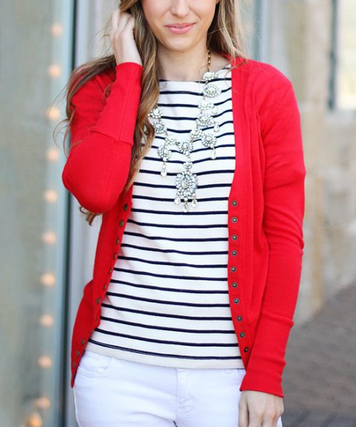 red cardigan with white skinny jeans