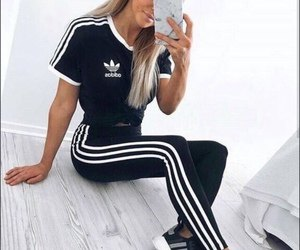 black t shirt with running leggings and sneakers
