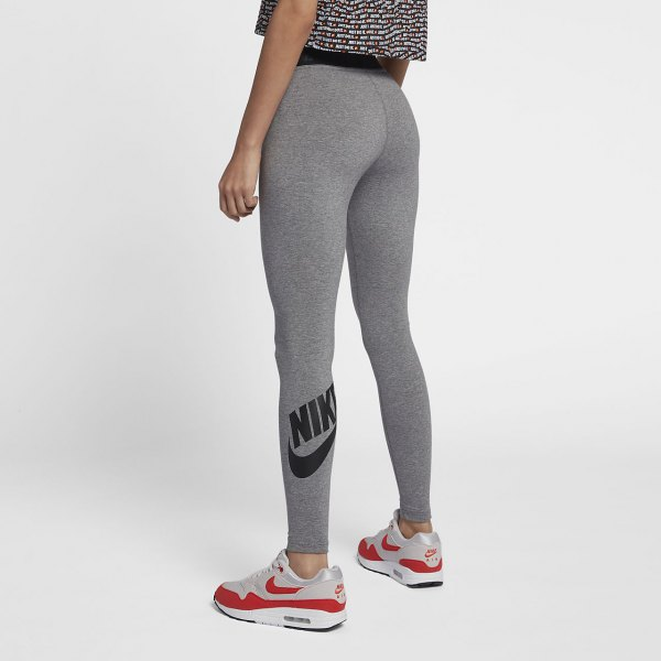 grey and black printed cropped tee with nike high waisted leggings