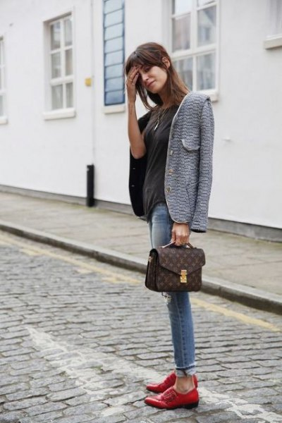 grey tweed blazer with black tee and brown dress shoes