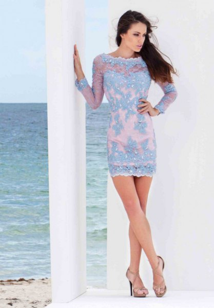 light blue lace boat neck mini bodycon dress with pink open toe heels