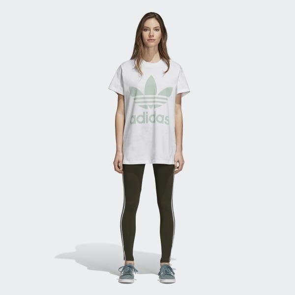 light grey oversized t shirt with black leggings