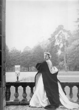 1952 margaret philips - givenchy