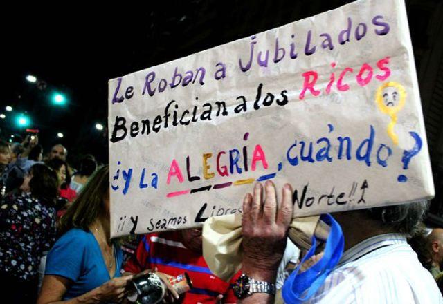 Es organizada por la denominada Multisectorial contra el Tarifazo.