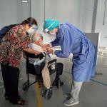 La Provincia comenzó a vacunar contra el COVID-19 a los mayores de 80 años