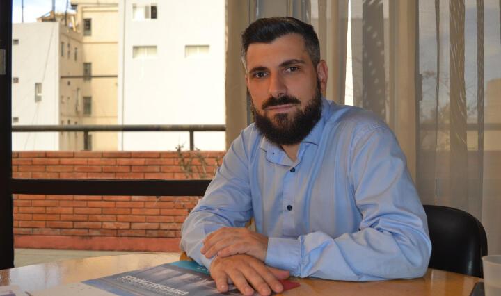 """Arturo Pozzali: """"Hay que tener mucho cuidado con el uso de la tecnología"""" -  Delta 90.3"""