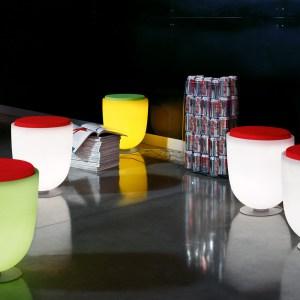 Poufs & tables