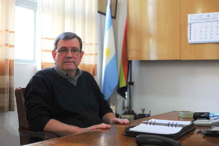 """Alberto Dos Santos: """"Si se notifica al fiscal, el día de mañana estaríamos facturando"""""""