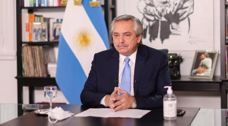 El Presidente anunció una ayuda de 15 mil pesos a beneficiarios de asignaciones