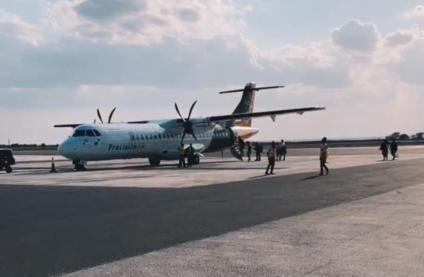 Aeroport Zanzibar Avion