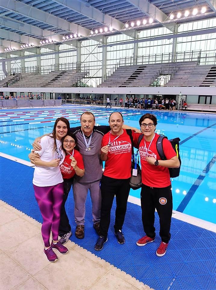 Excelente jornada de los nadadores de Rivadavia.
