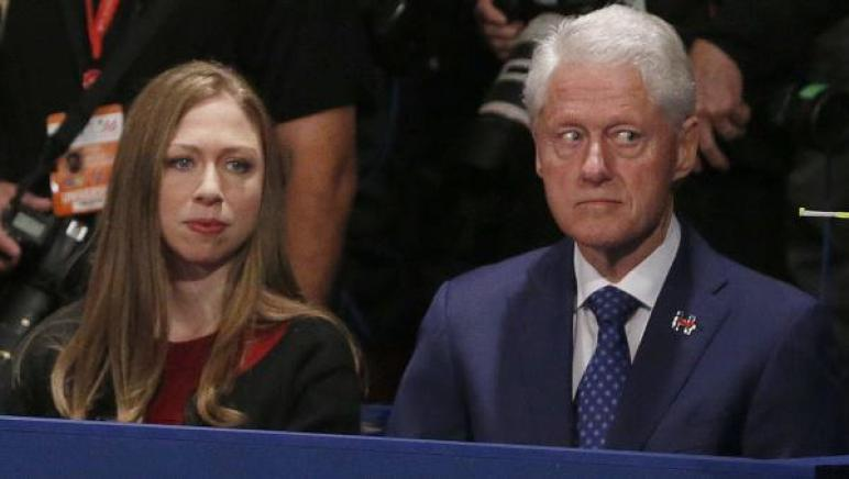 Bill & Chelsea at debate