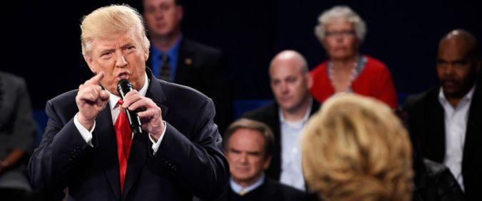 Trump Points At Hillary At Debate