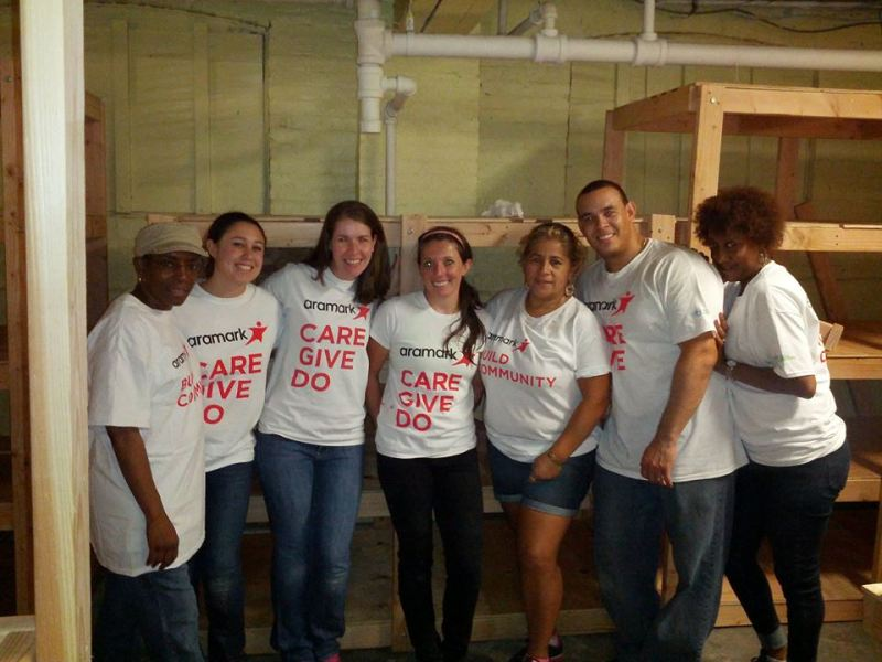 Aramark Team volunteer Leaders on farm
