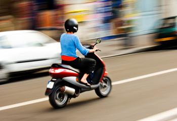 Arrêté du 30/07/2021 (JO du 25/08) modifiant l'arrêté fixant les conditions d'obtention du brevet de sécurité routière pour la catégorie AM du permis de conduire.
