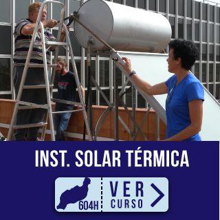 Alumnos en el campo de prácticas curso Montaje y Mantenimiento de instalaciones solares térmicas en Instituto Focan Lanzarote