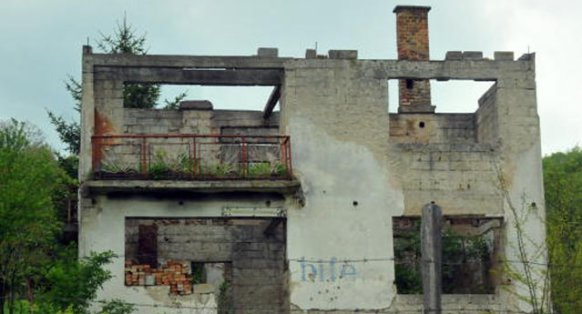 Foča, 1992, - četničko poimanje arhitekture i oslobađanje od bošnjaka