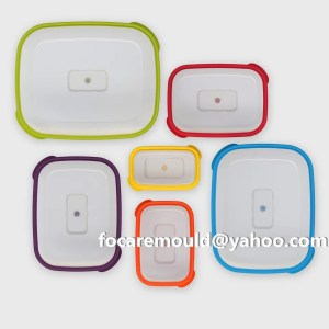multi plastic food containers