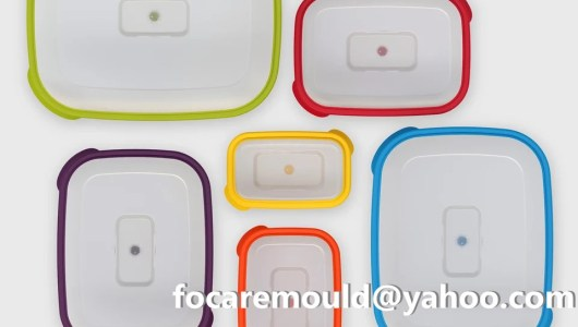 multi plastic food containers