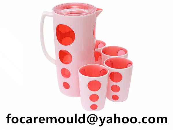 multi shot dining pitcher with cups