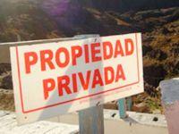 Tierras, paz y derechos de propiedad privados