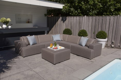 Home Trends 2019_1644 MONROE SUNBRELLA lounge outside