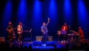 Luca Argel finalmente ao vivo com o seu 'Samba de Guerrilha'