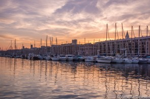 Sunset in Marseille. Photo by: Vanessa Dewson