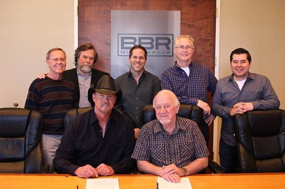 Pictured Left to Right: Almon & Pike's Orville Almon; Vector Management's JW Williams; BBRMG EVP Jon Loba; BBRMG General Manager Rick Shedd; BBRMG's Colton McGee; Trace Adkins; BBRMG President & CEO Benny Brown)