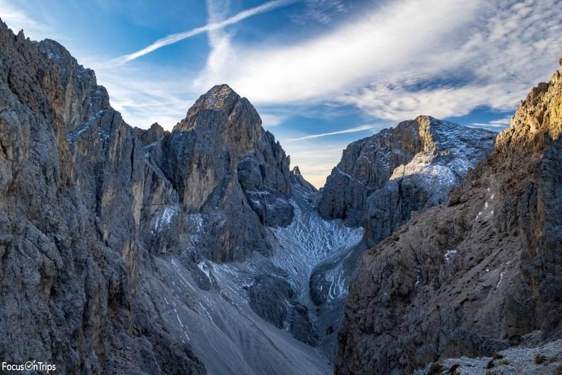 Passo del Molignon-catinaccio d'Antermoia trekking