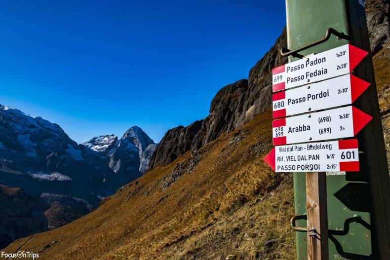 Porta Vescovo sentiero 699 trekking passo fedaia