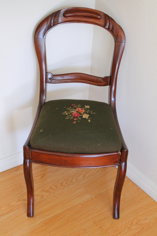 foggydress_velvet_chair